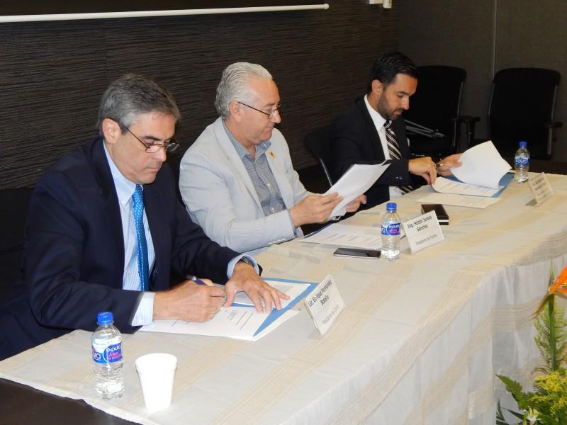 Asociación Nacional de Abogados de Empresa sección Chihuahua A.C. y Confío firman acuerdo para la legalidad en las OSC